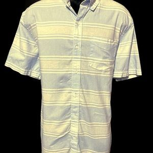 Old Navy Men's Light Blue Button Down Shirt